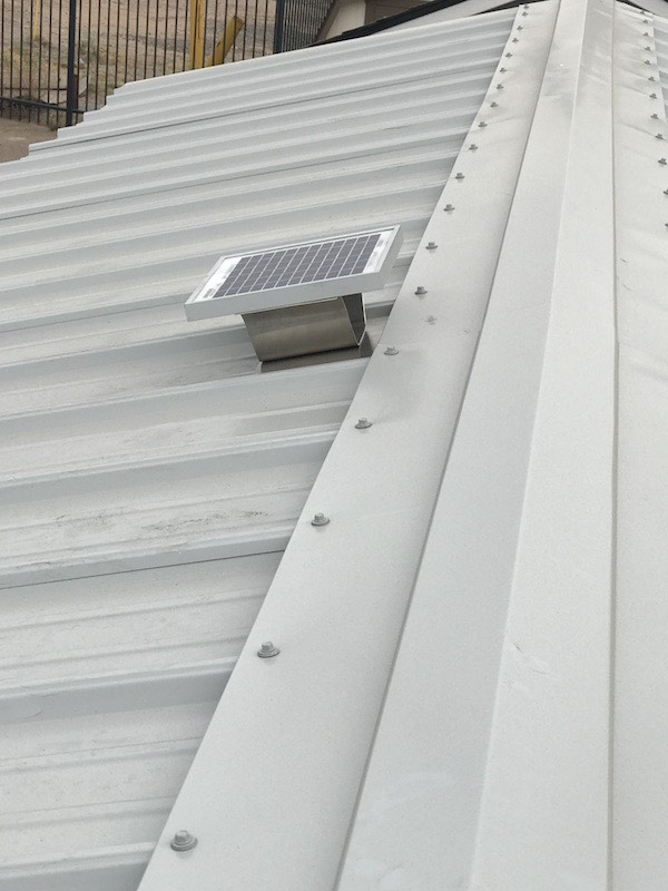 Solar Powered Ridge Ventilation Fan For Metal Roofs